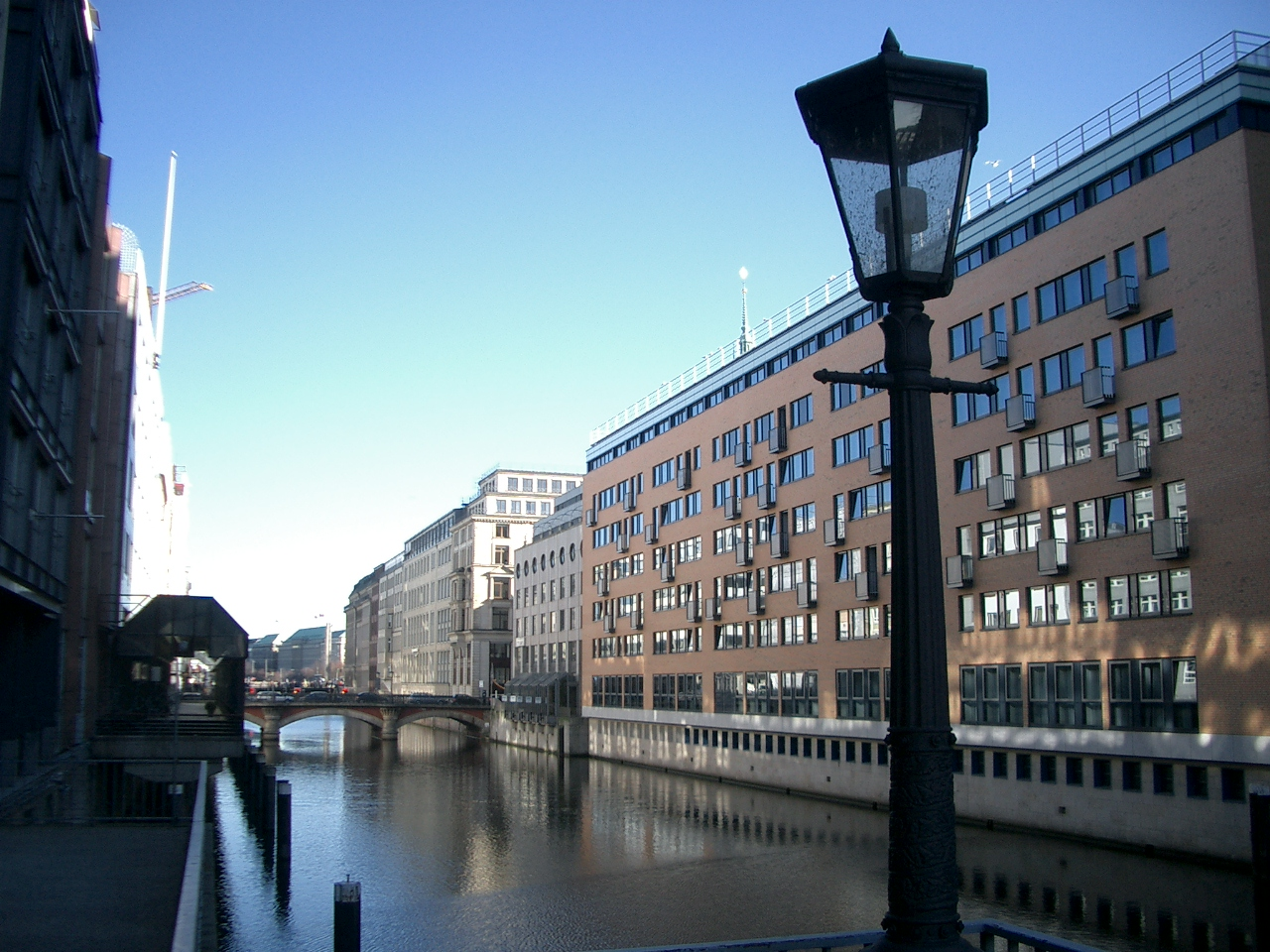 Investment und transaktion services berendes consulting for Hotel hamburg zentrum